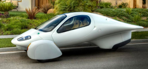 Aptera\'s three-wheel prototype gets 230 mpg
