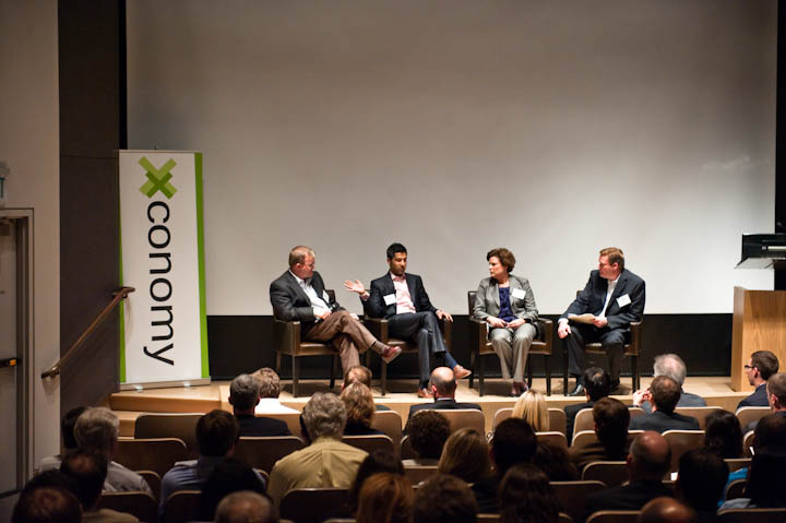 xconomy-forum-12may10-87