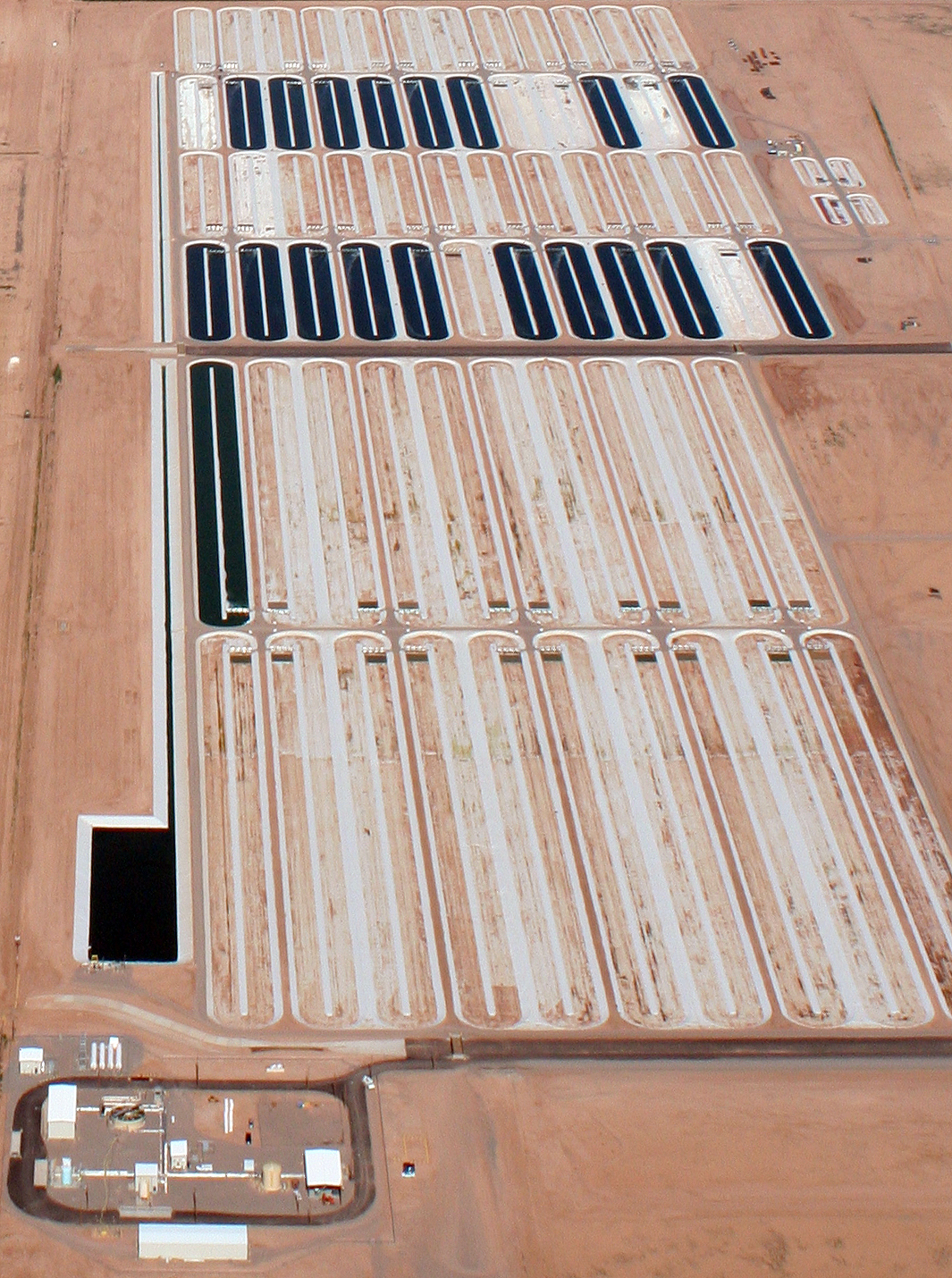 Sapphire Energy green crude farm aerial image (courtesy Sapphire Energy)