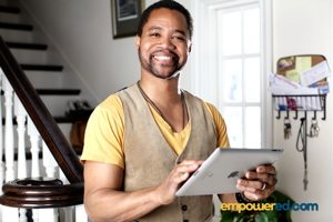 Cuba Gooding, Jr., in an endorsement for Empowered Careers' iPad-based career retraining courses.