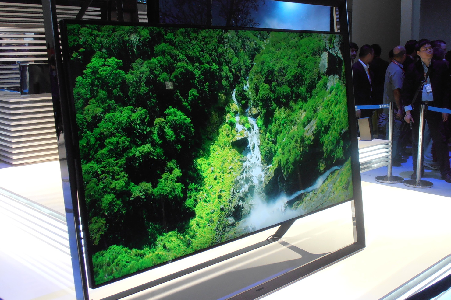 "Samsung 4K ""Ultra HD"" television at the 2013 International CES Show in Las Vegas"