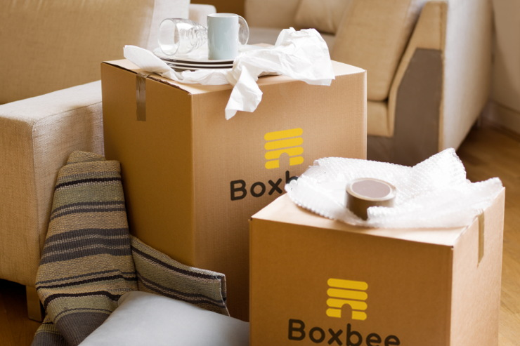Boxbee: Cloud-Style Storage for Your Actual Stuff