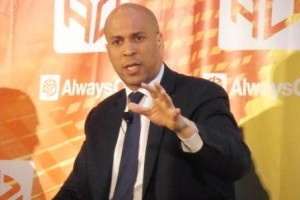 Newark Mayor Cory Booker Says Government Must Embrace Tech, Be Open Source