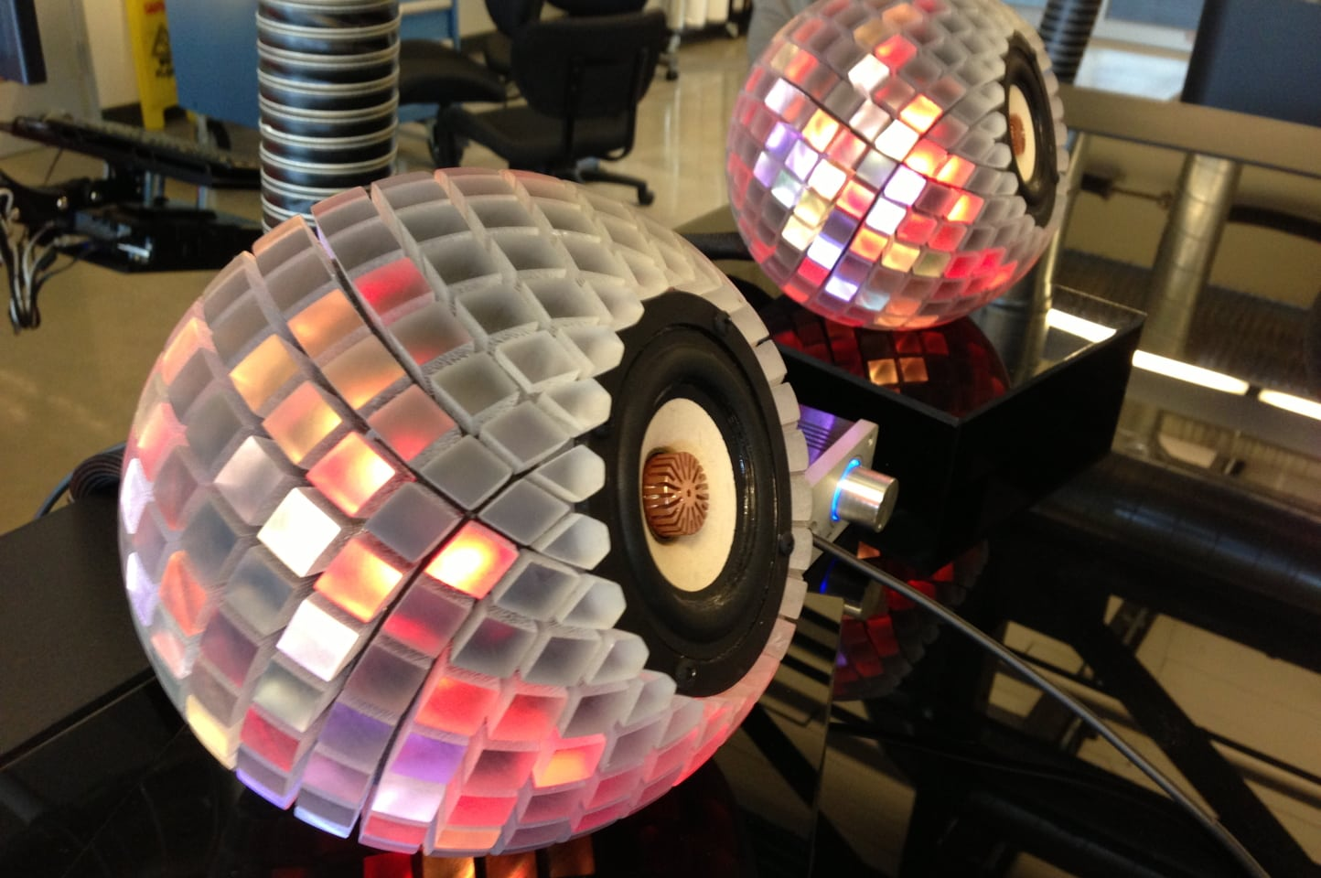 Party-Light Speakers