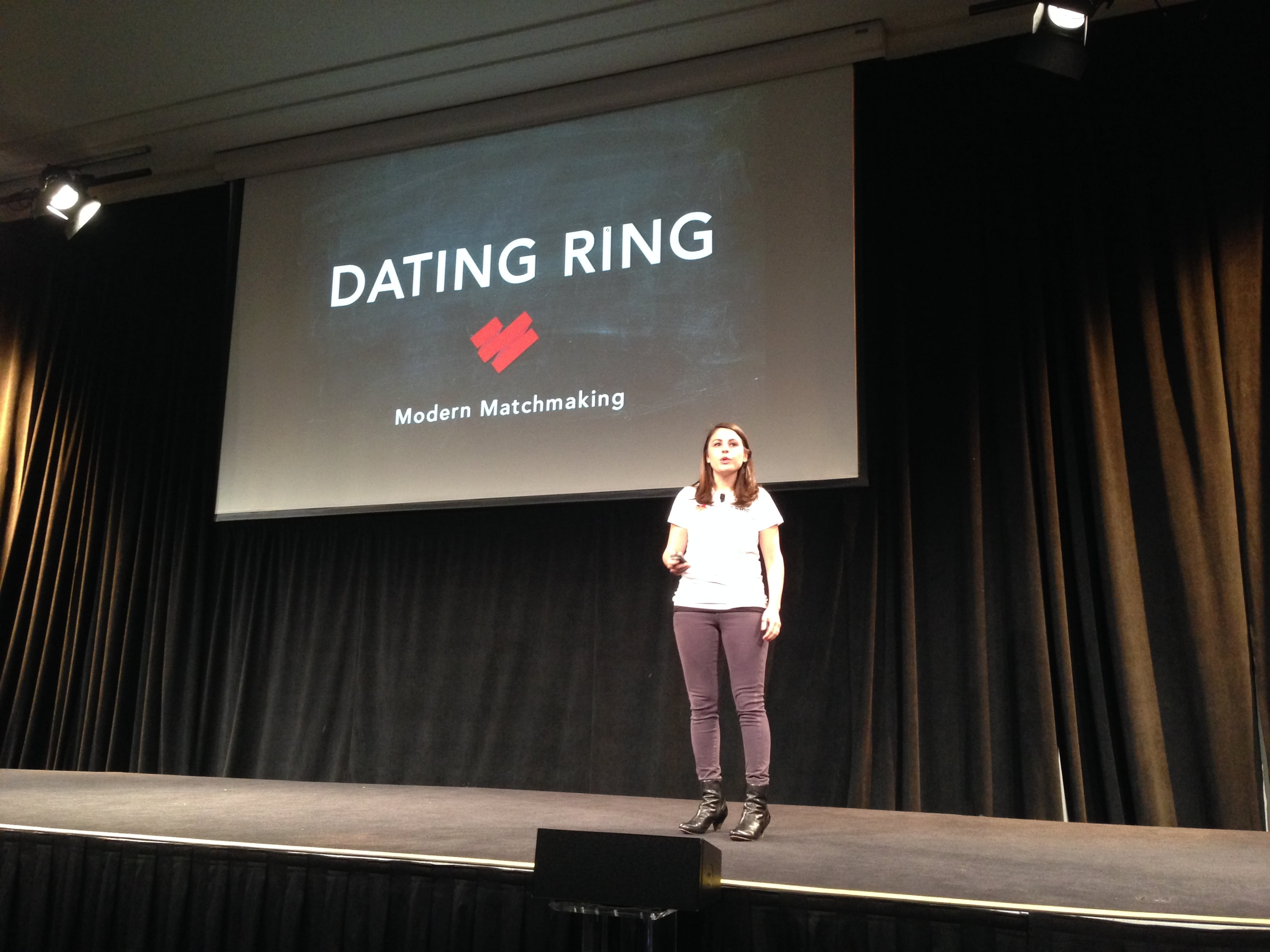 Dating Ring