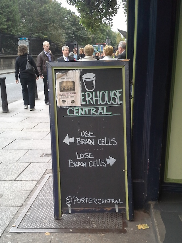 Porterhouse microbrew pub, across the street from Trinity College Dublin. (Image: Gregory T. Huang)