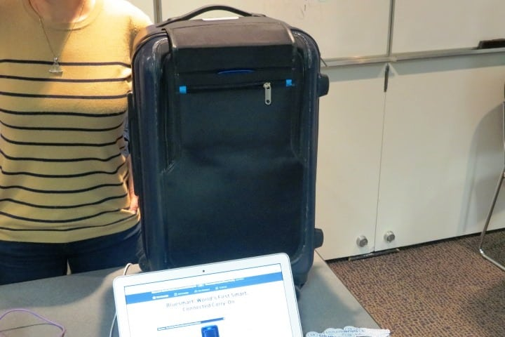Smart Carry-On Luggage thumbnail