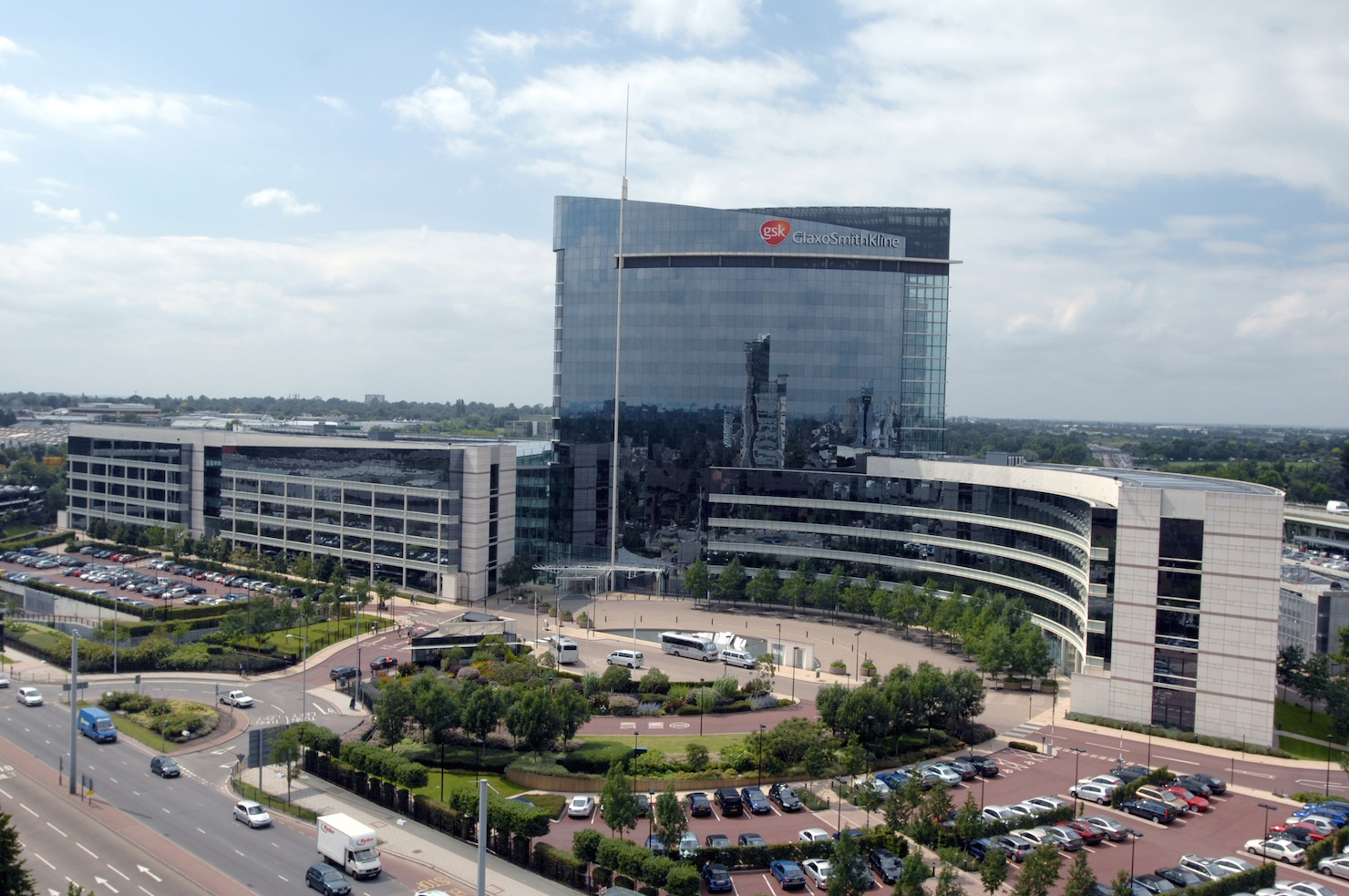 GSK headquarters 1480x near London