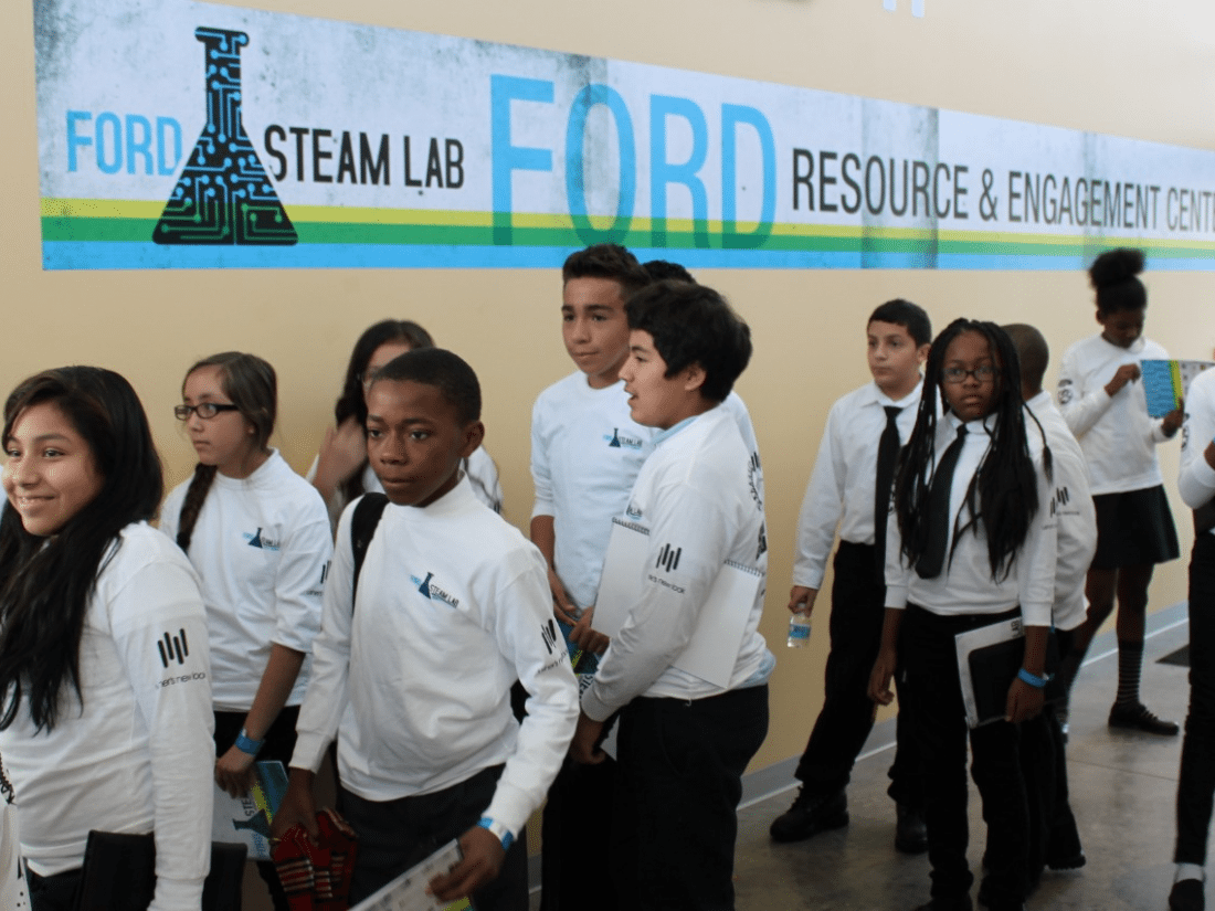 Ford STEAM Lab, #YesWeCode Collaborate on Hackathon in Detroit