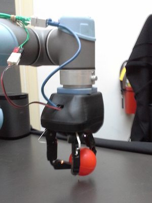 Robot hand for distribution and fulfillment applications.
