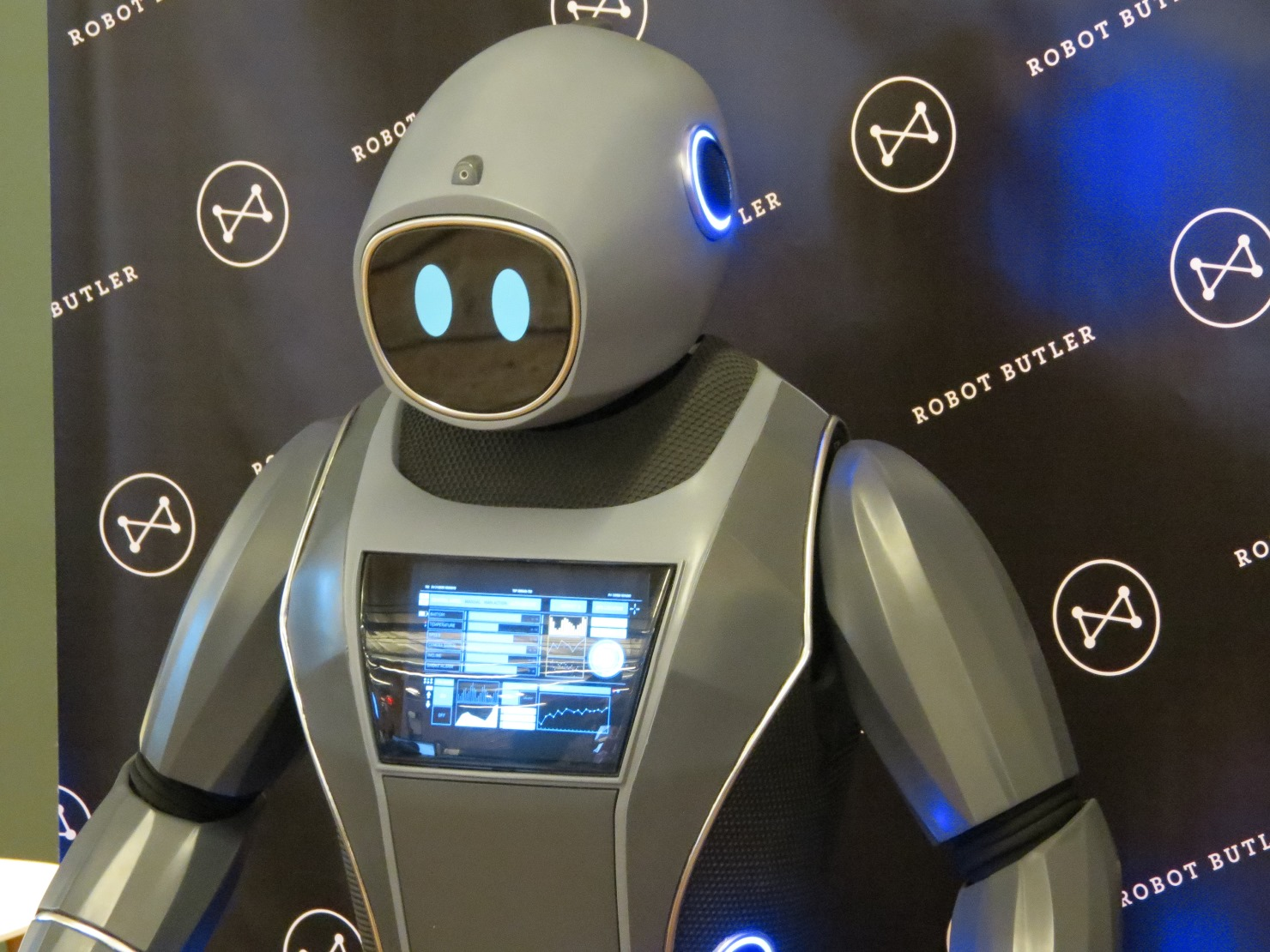 Quirky trotted out this robot butler last year to try and prove connected devices were less creepy. The public has yet to fall in love with either idea. (photo Joao-Pierre S. Ruth)