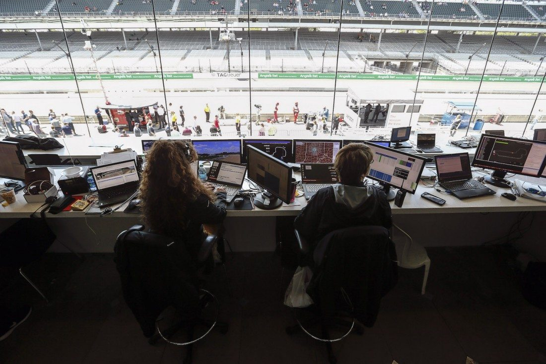 "Verizon's ""Multicast"" Aims to Put Indy 500 Fans in the Driver's Seat"