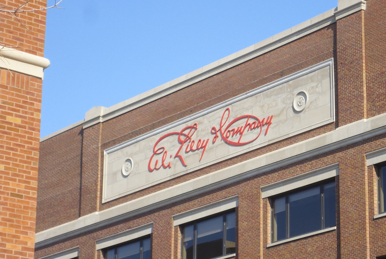 Eli Lilly Building