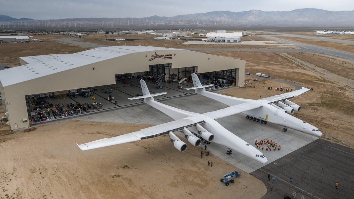 Stratolaunch roll out