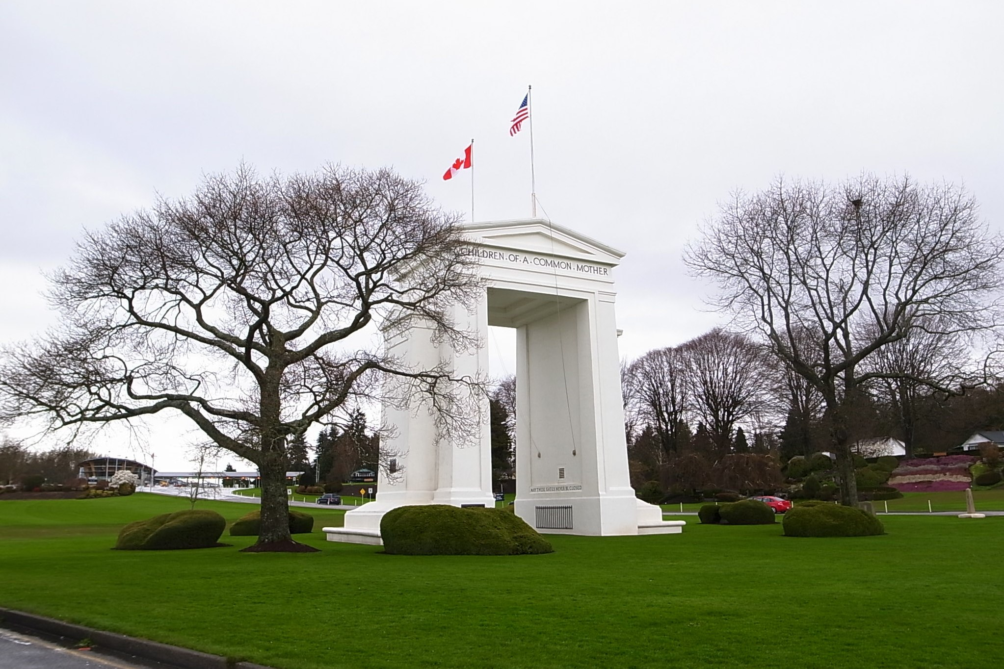 Peace Arch flickr
