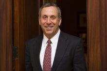 Harvard Taps Former Tufts, MIT Leader Bacow as Next President