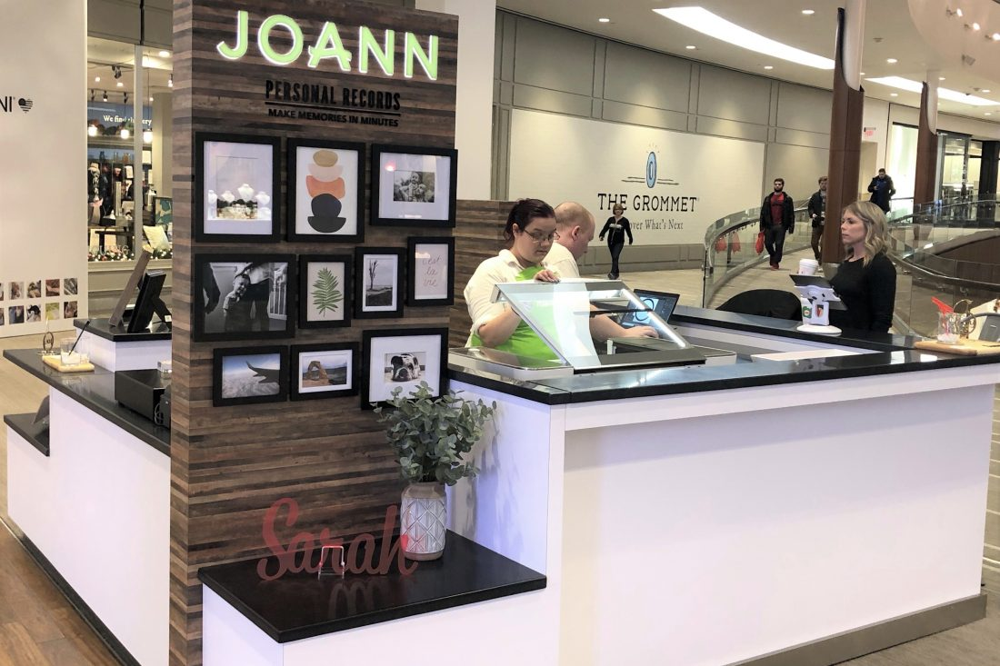 Joann to Install Glowforge 3D Printers, Helping Grandma Go High-Tech